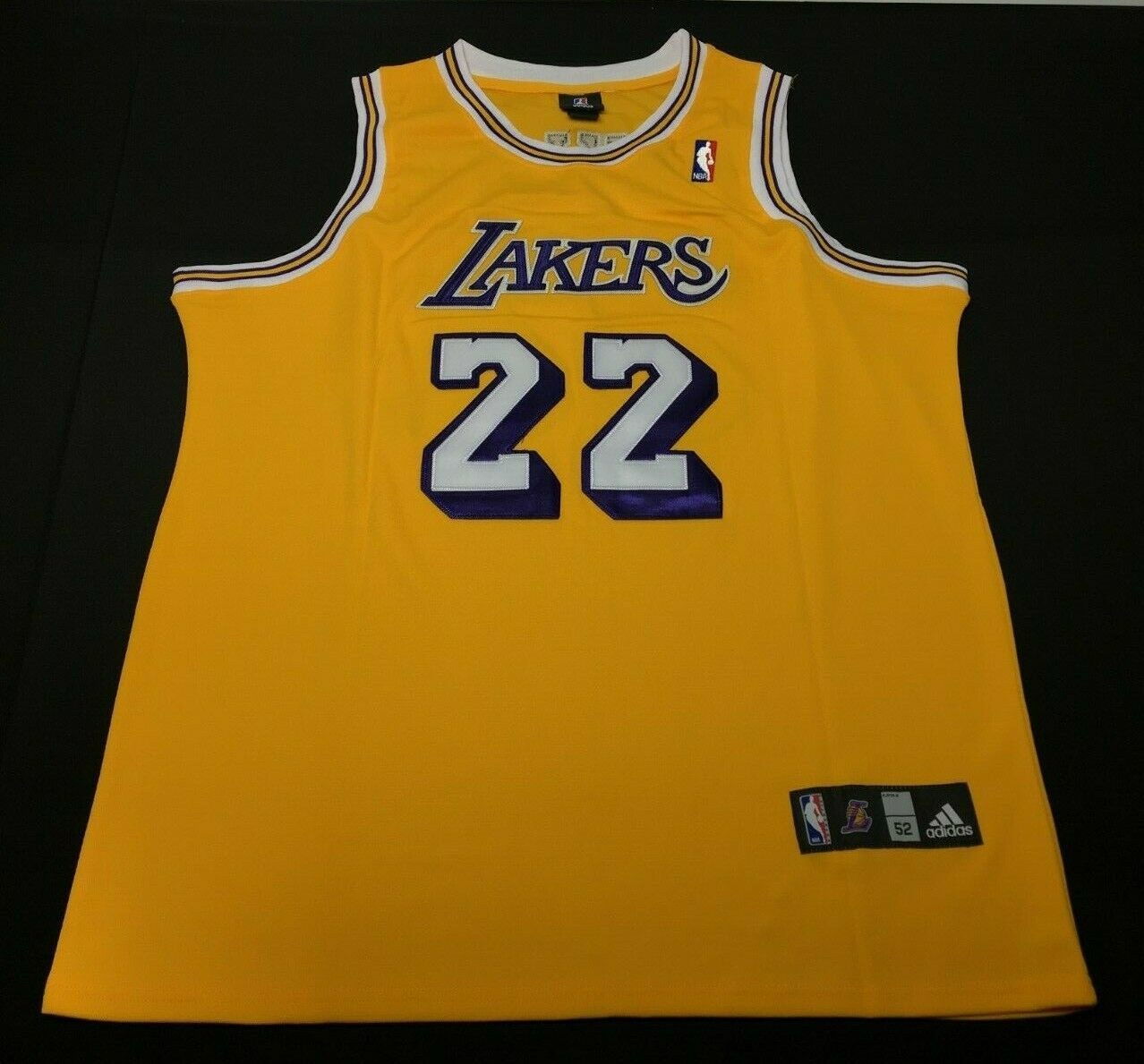 Elgin Baylor Signed Los Angeles Lakers Basketball Jersey *HOF PSA 3A27188